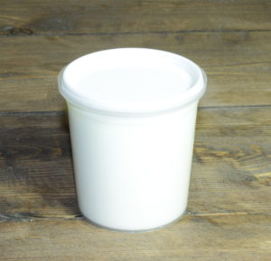 Yogurt al cucchiaio bianco